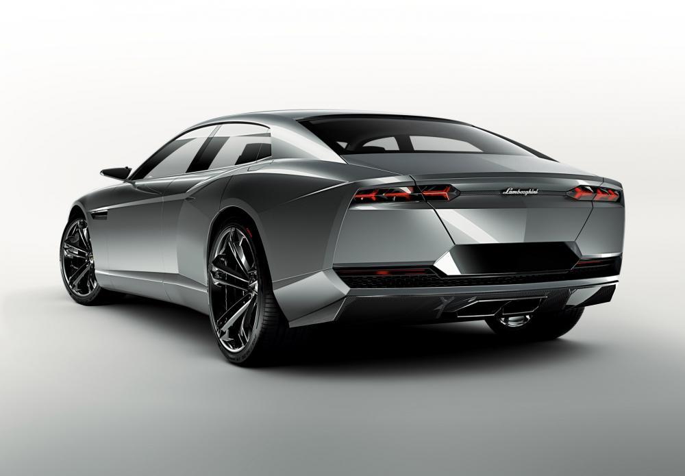 Lamborghini: четыре двери могут стать реальностью